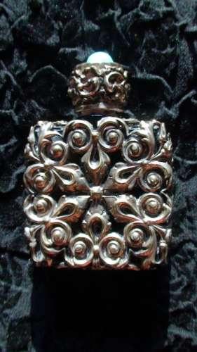 Sticluta parfum din argint masiv