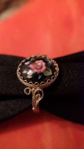 Inel negru din portelan